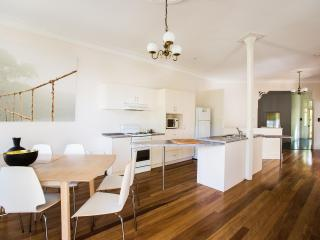The Jacaranda Villa, Sleeps 14, Pool & Spa - Coffs Harbour vacation rentals