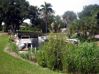 Bonita Springs  2 bedroom house - canal view! - Bonita Springs vacation rentals