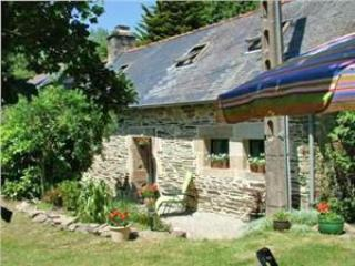 Idyllic Riverside Cottage in Brittany, France - Huelgoat vacation rentals