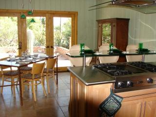 Tucson Arizona 2 Bedroom Luxury on the Golf Course - Tucson vacation rentals