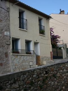 Four bedroom stone village house in Fitou, Aude - Fitou vacation rentals