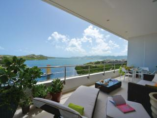 MOONRISE... Wow!! Fabulous new luxury condo at Blue Residences in Cupecoy - Cupecoy vacation rentals