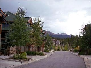 Steps to the Snowflake Lift - Walking Distance to Town (5532) - Breckenridge vacation rentals