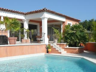 Luxury villa with  sea view - Saint-Maxime vacation rentals