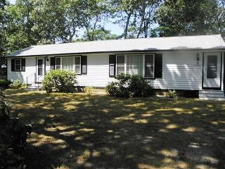 Eastham near Cooks Brook Beach on Cape Cod Bay with Central A/C! - Eastham vacation rentals