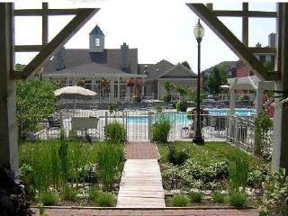 Furnished 2-Bedroom Apartment in East Lexington - Lexington vacation rentals