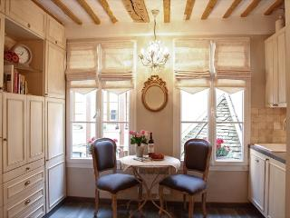 Historic Beauty at Vacation Rental in the Real Heart of Marais - Paris vacation rentals
