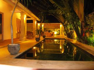 3 BDR, Fantastic Location,Close to Beach, SEMINYAK - Seminyak vacation rentals