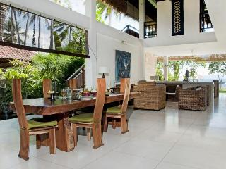 Luxury Beach House : Villa Nilaya, Candi Dasa - Candidasa vacation rentals