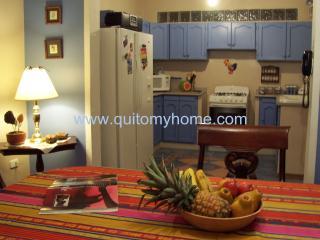 Quito My Home. Beautiful, big apartment!!! - Quito vacation rentals