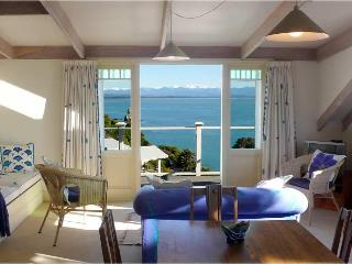 The LOFT at VILLA 10 (Waterfront) - Nelson vacation rentals