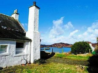 Caberfeidh Self Catering Cottage. Isle of Lewis. - The Hebrides vacation rentals