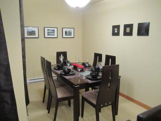 !NEW! Mountain view, walk to Downtown, 3 hot tubs - Canmore vacation rentals