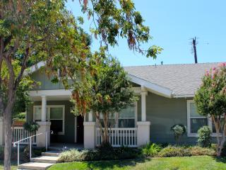 Perfect House with Internet Access and A/C - Los Angeles vacation rentals