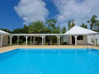 Comfortable Villa with Dishwasher and Safe - Terres Basses vacation rentals