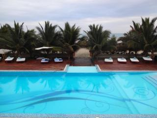 San Clemente VISTAZUL Modern Beach Townhouse - Bahia de Caraquez vacation rentals