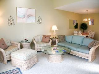 Ocean Edge townhouse  with A/C close to pool (fees apply) - FL0496 - Brewster vacation rentals