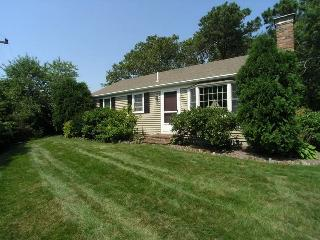 Beautiful House with Deck and Internet Access in Dennis Port - Dennis Port vacation rentals