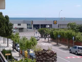Oceanfront apartament  100m train - Cabrera de Mar vacation rentals