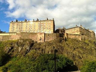 Edinburgh Castle View - Edinburgh vacation rentals