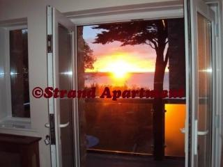 180* SEAVIEWS Luxury Apartment,Balconies,Parking - Penzance vacation rentals
