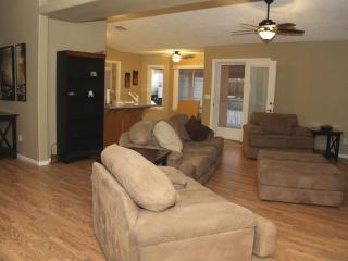 Beautiful House with Internet Access and Dishwasher - Pahrump vacation rentals