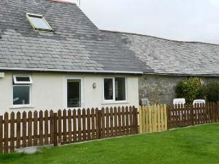 STABLE COTTAGE, pet-friendly cottage, garden, games room, in Lincombe near Ilfracombe Ref 19531 - Ilfracombe vacation rentals