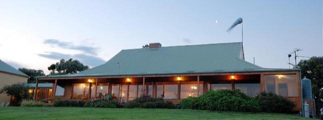 Waratah Lodge - Waratah Lodge - Fish Creek - rentals