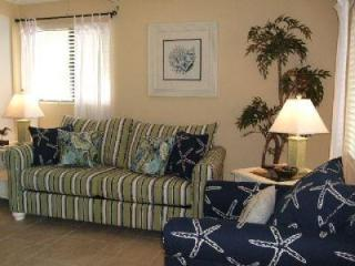 One Bedroom One Bath Condo / Apartment - Just Steps to Fort Myers Beach. - Fort Myers Beach vacation rentals