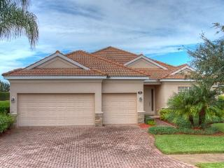 (RS10) 4 Bedroom Pool Home With Game Room With Beautiful Lake View - Bradenton vacation rentals