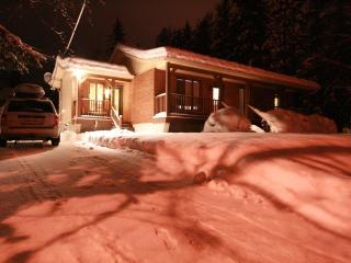"Budget Ski: 3 bedroom 42"" TV, laptop & WiFi - Mont Tremblant vacation rentals"