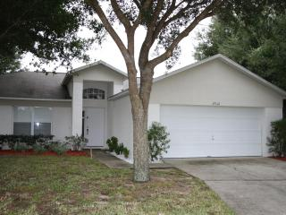 4 Bedrooms-lovely pool near Disney - Kissimmee vacation rentals