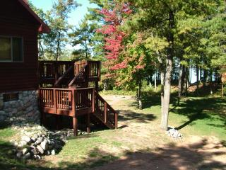 Sanctuary Shores on Castle Rock Lake, near WI Dell - Friendship vacation rentals