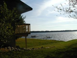 St. John's Bay on Lake Petenwell, near WI Dells - Mauston vacation rentals