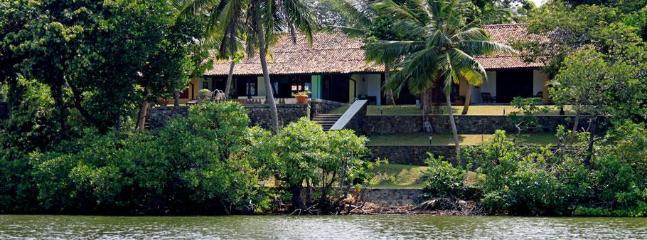 House fom river - Luxury Colonial Riverview 3 bed Villa  Ambalangoda - Ambalangoda - rentals