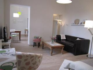 Vacation Apartment in Bonn - 387 sqft, quiet, modern, renovated (# 3330) - Königswinter vacation rentals