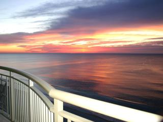 OwnerDirect Luxury MarVistaGrand BeachFront 3BR3BA - North Myrtle Beach vacation rentals