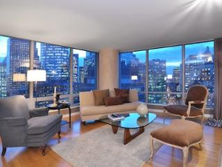 Downtown 2 Bedroom Vancouver Condo Steps from Canada Place and Attractions - Vancouver vacation rentals