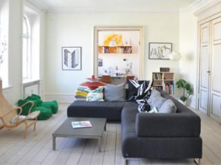 Architect designed Copenhagen apartment at Noerreport - Copenhagen vacation rentals