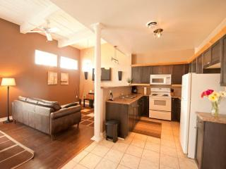 Junior Superior - Niagara Falls vacation rentals