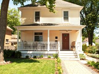 Perfect House with Deck and Internet Access - Port Colborne vacation rentals