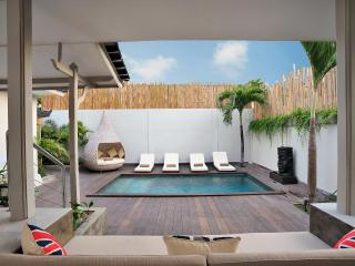 4 Bedroom Seminyak Villa Sleeps 10ppl - Villa Bu - Seminyak vacation rentals