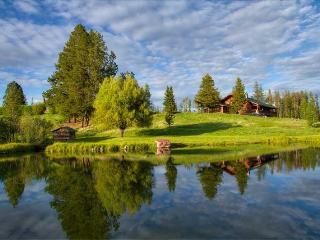 Snowmobile Cub Cabin .  Full amenities, sleeps 8. - Seeley Lake vacation rentals