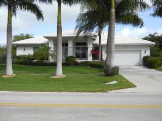 Tigertail/Esplanade Pool/Spa  Wireless  Direct - Marco Island vacation rentals