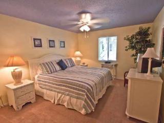 2bd/2ba condo in Ocean Walk - great rates! - Saint Simons Island vacation rentals