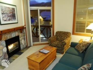 Fireside Lodge Village Center - 415 - Sun Peaks vacation rentals