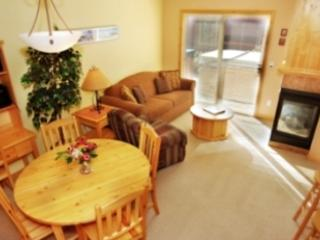 Dining Room - Crystal Forest Condos - 04 - Sun Peaks - rentals