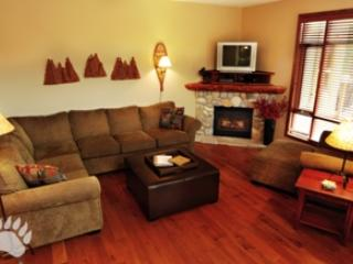 Livingroom - Woodhaven Townhouses - 36 - Sun Peaks - rentals