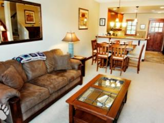Living Room - Woodhaven Townhouses - 16 - Sun Peaks - rentals