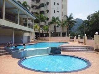 3-Bedroom Mountain View Apartment #Tambun - 8 Adults - Ipoh vacation rentals